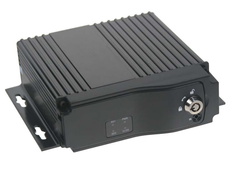 Černá skříňka pro záznam obrazu ze 4 kamer, GPS, 1x slot SD