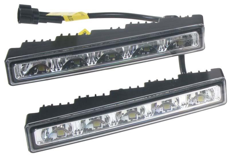 LED světla pro denní svícení, 150x24mm, ECE