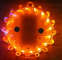 LED výstražné světlo 16LED na 2x baterii AA, oranžové